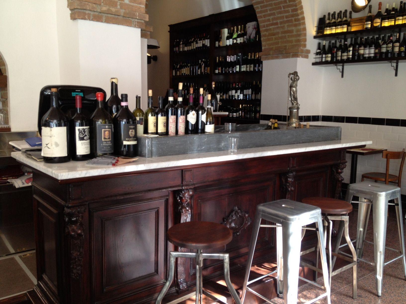 Roma l enoteca guerrini si fa grande puntarella rossa for Bancone bar inglese