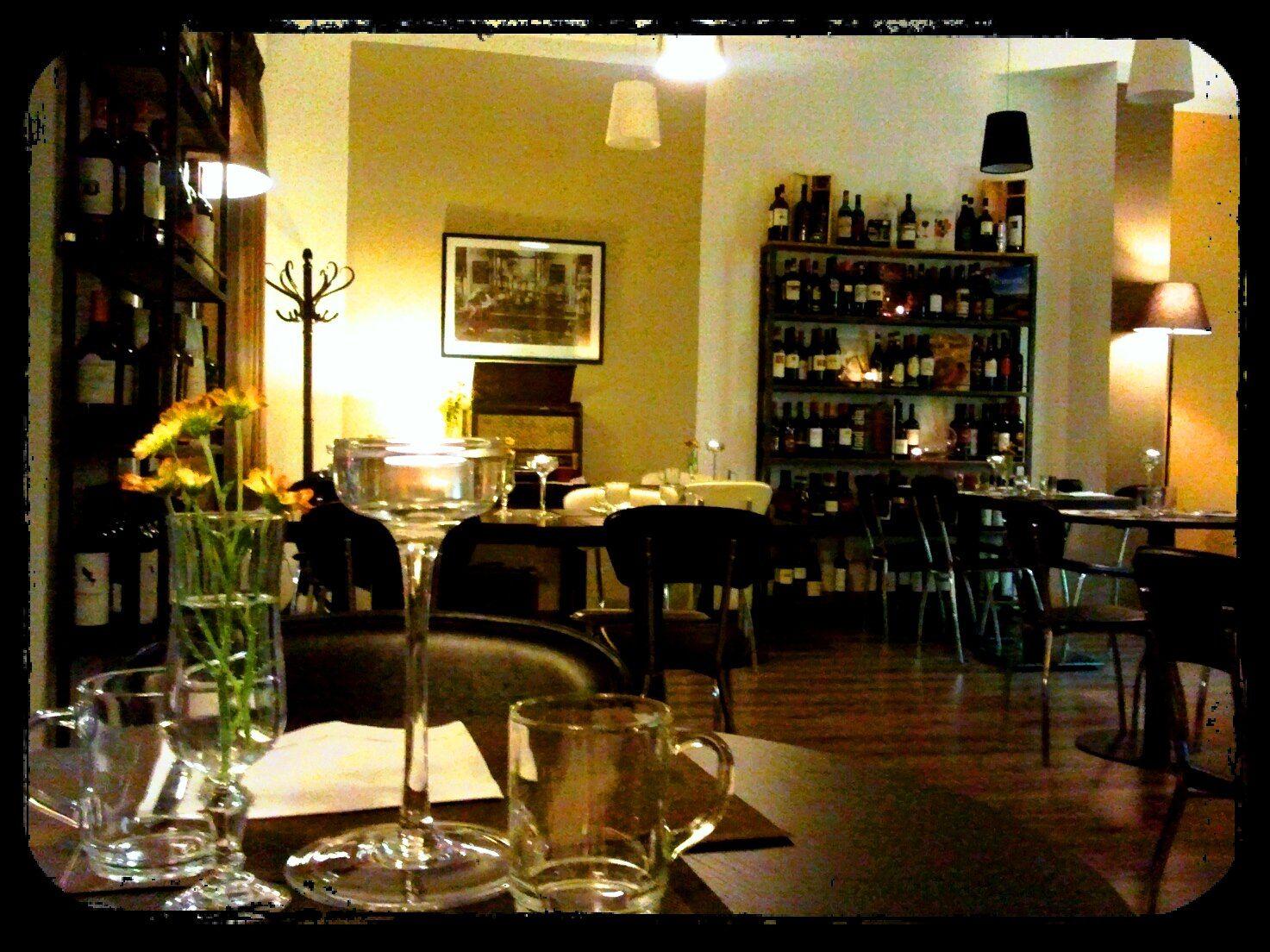 Arredamento Bar Stile Vintage : Arredare un angolo bar in stile industrial finetodesign