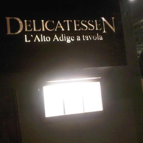 Delicatessen, l'Alto Adige a Milano (con canederli e corna di cervo)