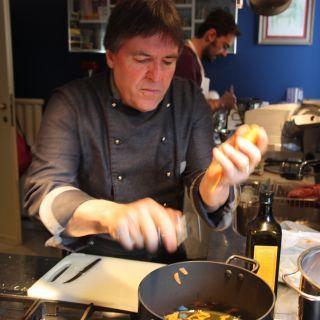 Penne all arrabbiata un piatto tipico romano in via d for Piatto tipico romano