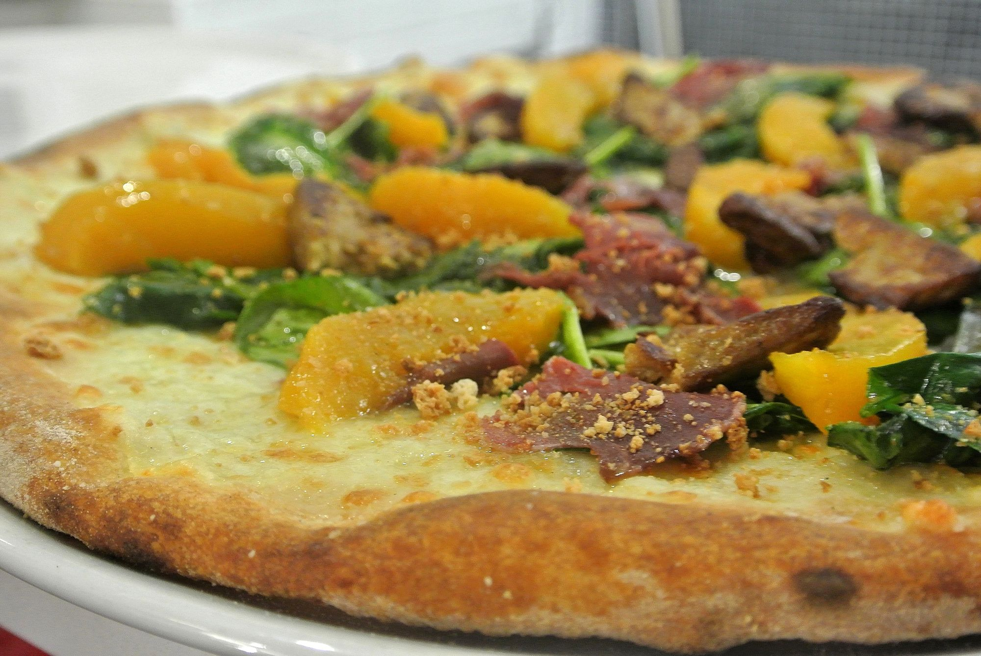 Tre pizze gourmet da provare a roma - Pizzeria con giardino roma ...