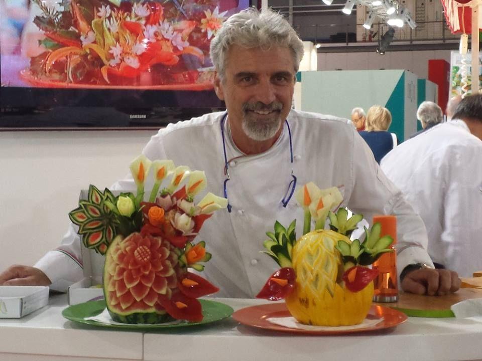 Le sculture di frutta e verdura di menconi da eataly firenze for Decorazioni con verdure e ortaggi