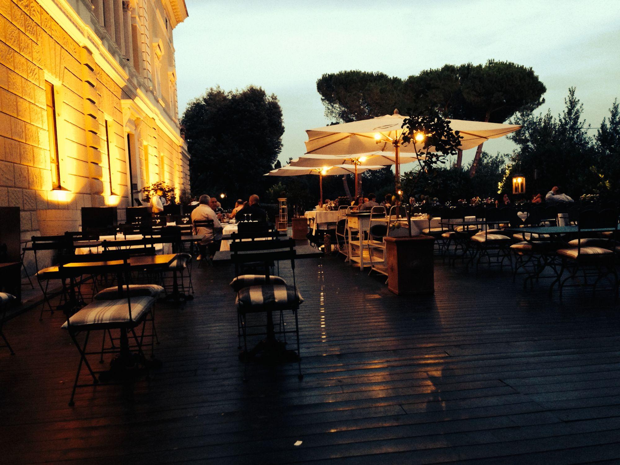 La Villa, dehors e musica per un aperitivo all\'aperto a Roma Fleming