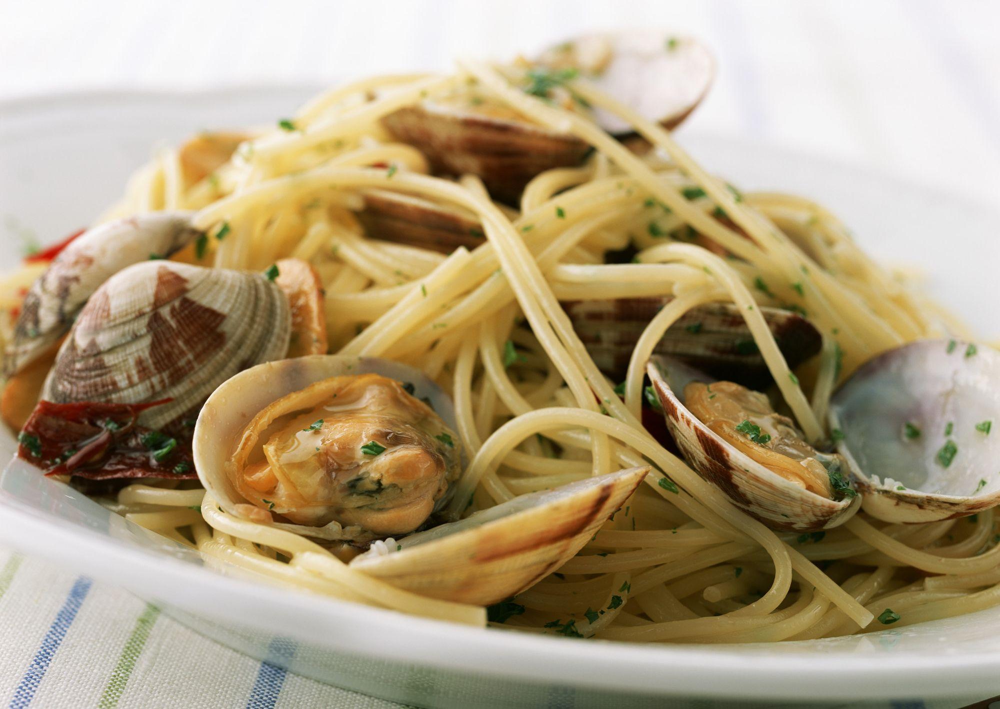 I migliori ristoranti di napoli dal calasole di posillipo for Vongole veraci wikipedia