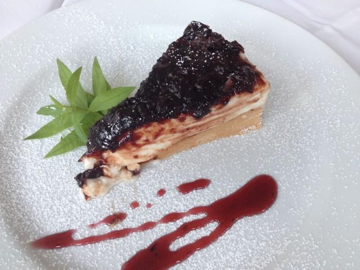 Cheesecake di ricotta e visciole