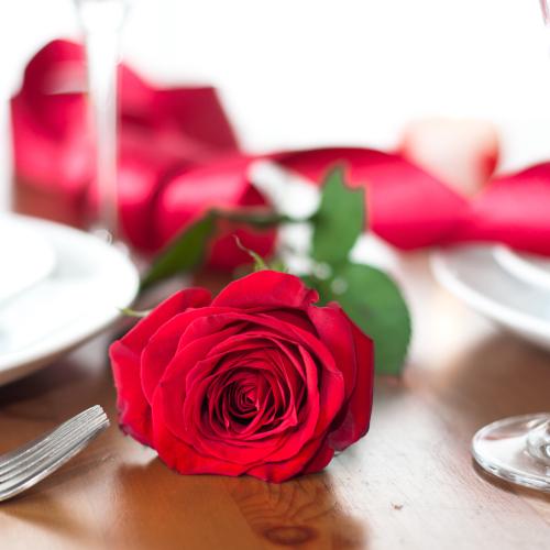 A cena per San Valentino? Il vostro amore dichiaratelo con i fiori