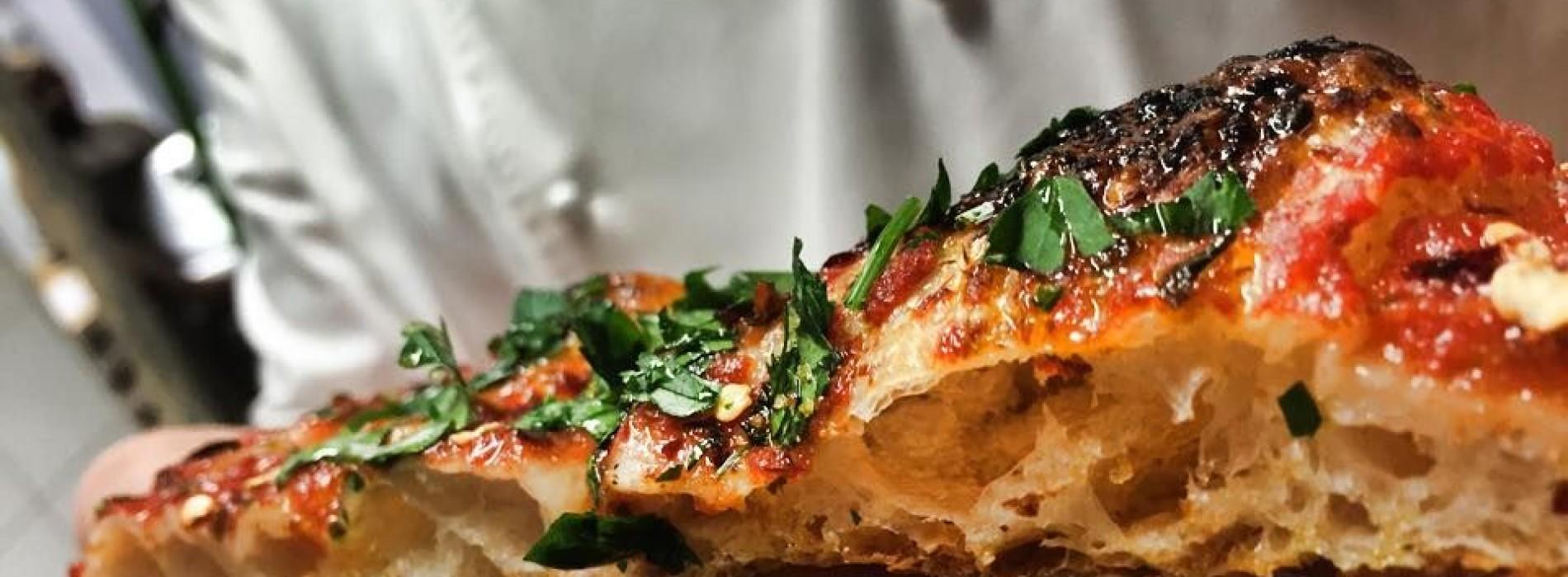 Pizzarium di Bonci riapre oggi a Roma con nuovi impasti e pizze (e l'incontro con la cucina gourmet)