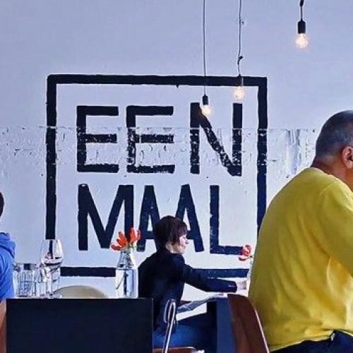 Ristorante per single a Londra: da Eenmaal si mangia soli e felici (e senza cellulare)