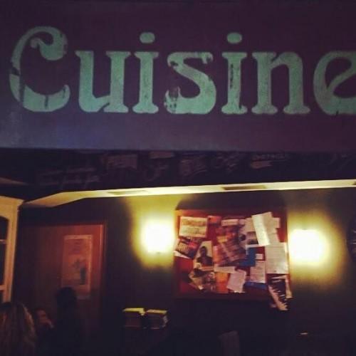 Setteperle questa sera da Settembrini Café a Roma. Da 'Na Cosetta si cena per Emergency