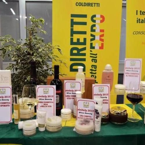 Wine beauty al Vinitaly 2015, massaggi al vino e cosmetici naturali