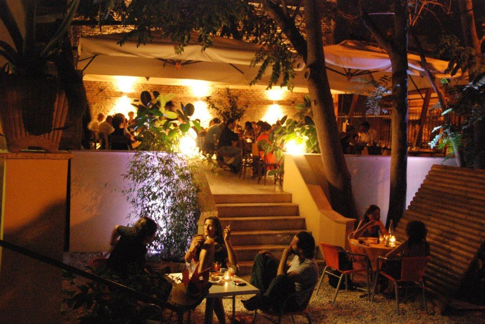 Mangiare all 39 aperto al pigneto - I giardini di marzo ristorante roma ...