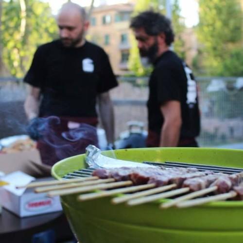 Degustazione di vini altoatesini questa sera da Un'Ottima Annata a Roma. Alla Cae continua lo Spring Beer Festival