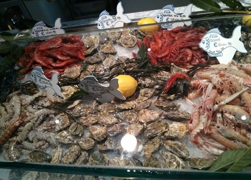 crostacei e ostriche fresche ostia roma