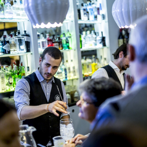 Gin Corner Roma, quattro nuovi drink per i 50 anni dell'hotel Adriano