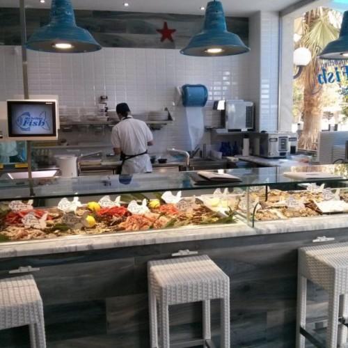 Michelino Fish a Ostia, ostriche e pesce fresco nella nuova apertura del litorale romano