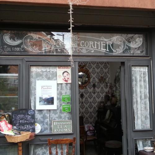 The British Corner a Roma, al Pigneto la sala da tè per imparare l'inglese