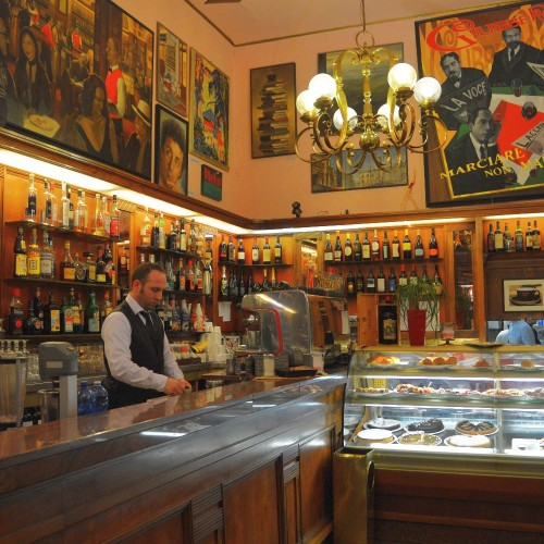 I caffè letterari di Firenze, la storia del '900 è passata da qui