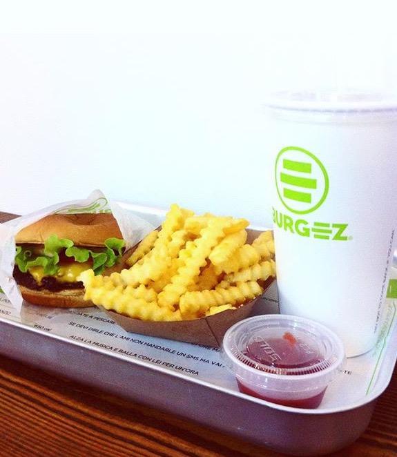 burgez milano hamburger patatine fritte