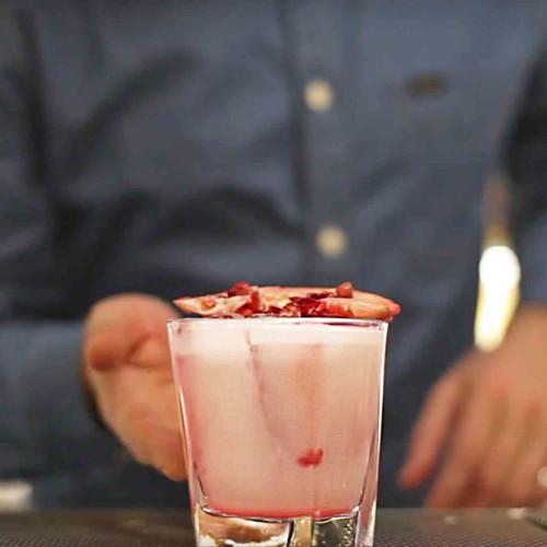 Cocktail per San Valentino, Porto Fluviale lancia Pink Sour