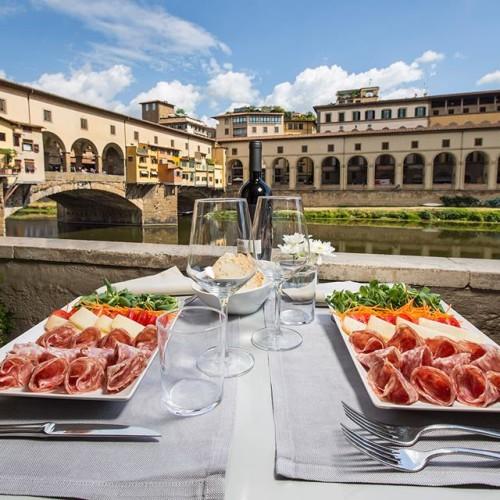 Firenze in un giorno: colazione, pranzo, aperitivo e cena all'ombra del David