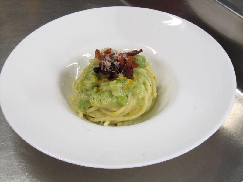 Spaghetti con broccolo stellato ricetta mood ginevra antonini for Primi piatti particolari