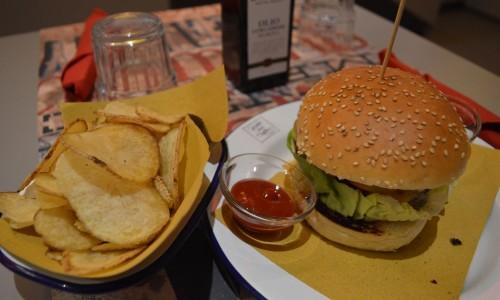 Organic and Healthy Firenze, il burger a km 0 con vista su Palazzo Pitti