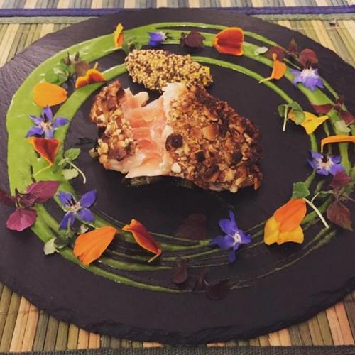 """Capra e Cavoli Milano, aperitivo con tapas creative e piatti originali nel """"giardino al chiuso"""" a Garibaldi"""