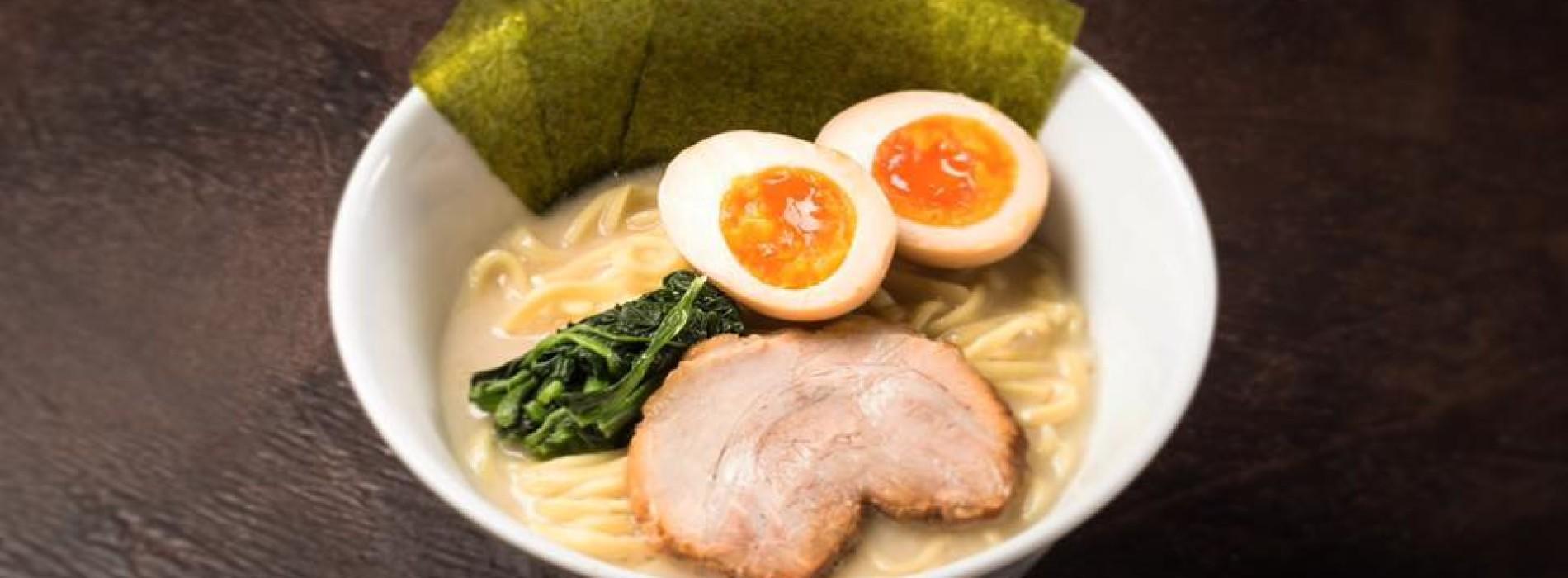 Ramen Bar Akira Roma, noodles e sake nel nuovo ristorante giapponese a Ostiense