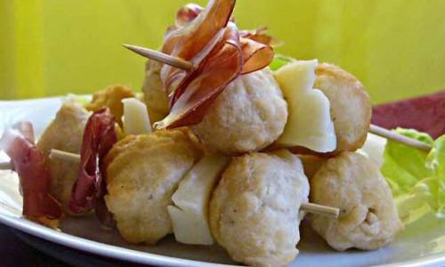 Il Coccolo fritti e cornetti Firenze, in Santa Croce lo street food della Prosciutteria di via De' Neri