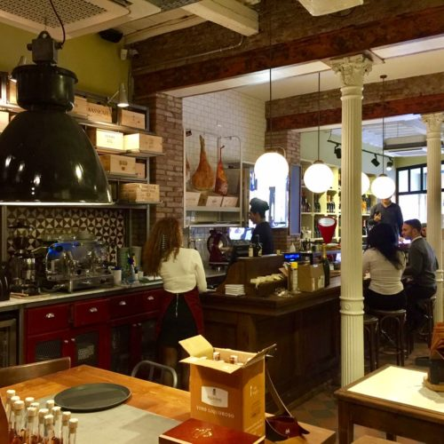 Astemio Roma, a Monti il wine bar con cinghiale e ostriche