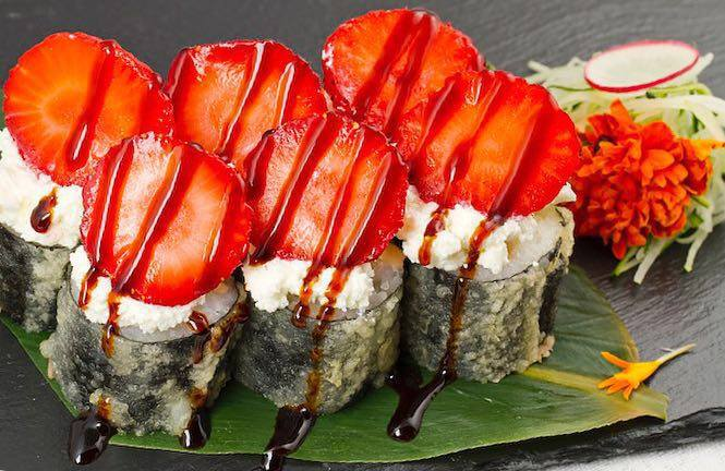 kuro club roll fragola