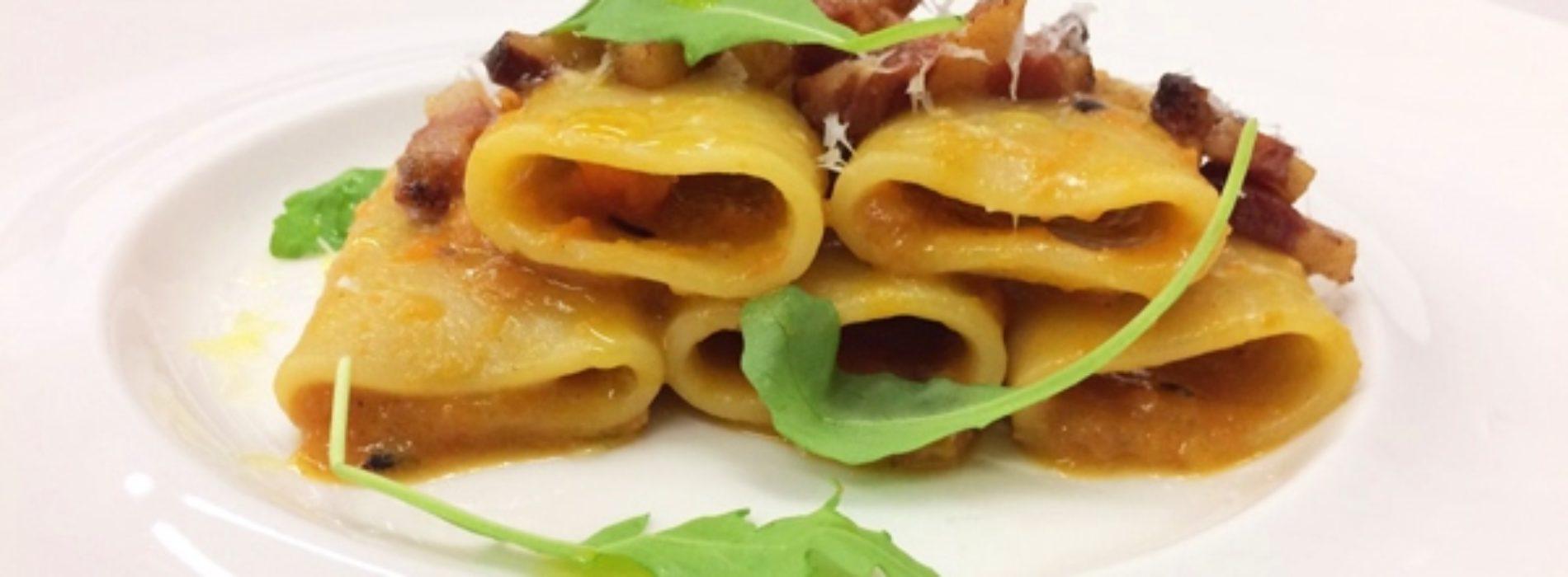 Paccheri di Gragnano alla zucca guanciale e pecorino ricetta