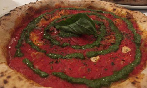 Piccolo Buco Roma, pizzeria con cucina a pochi passi da Fontana di Trevi