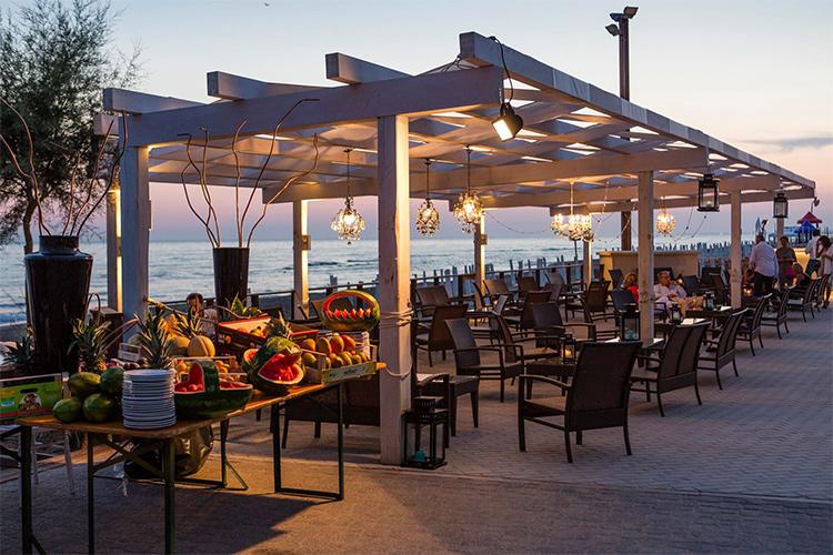 mangiare sul litorale romano ugo al villaggio