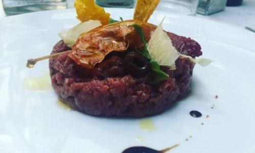 Illy Caffè Milano, in via Monte Napoleone colazioni e menu gourmet a pranzo e a cena