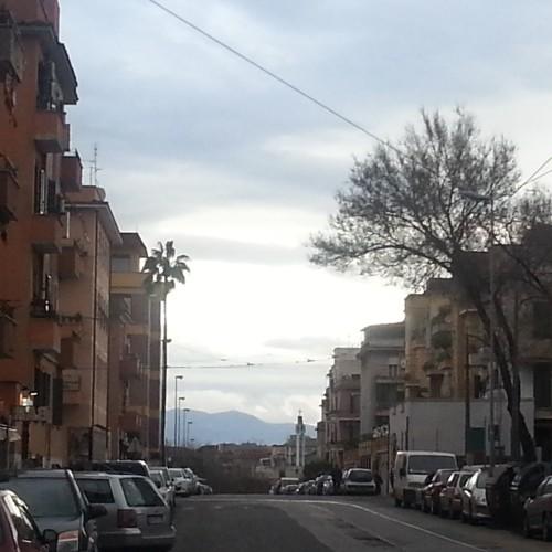 Roma est, c'è poesia a Centocelle: viaggio tra kebab ed enoteche chic