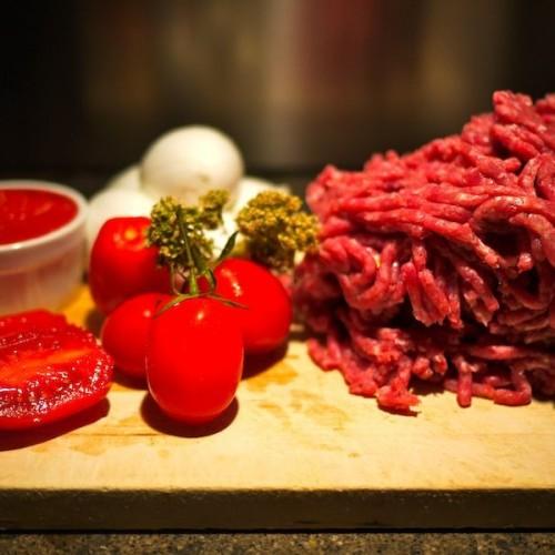 La pizza di carne e la reinvenzione siciliana