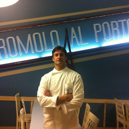 Romolo al Porto ad Anzio: tempo di hamburger di maccarello e di scampetti al vapore alla liquirizia