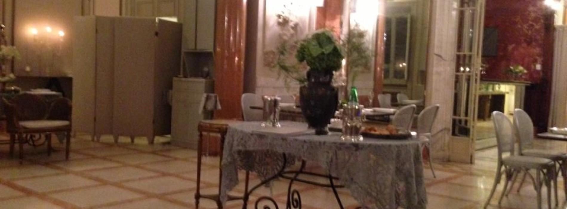 L'Enoteca La Torre arriva a Roma, nella splendida Villa Laetitia di Anna Fendi: insalata emersa, agnello della Tuscia e maialino in tempura