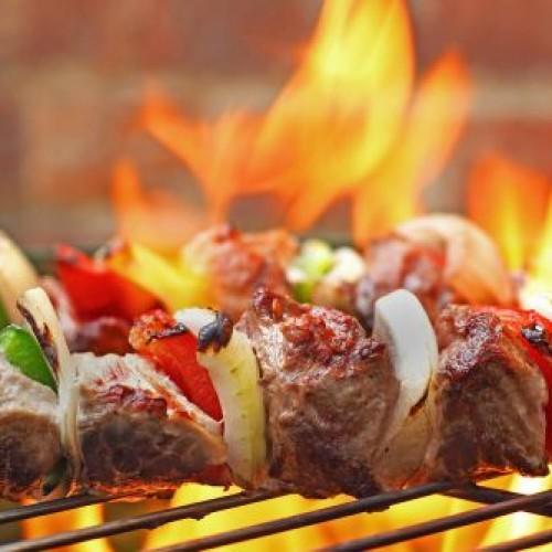 Ferragosto 2014: grigliata di carne o alternativa vegetariana contro l'uccisione degli animali?