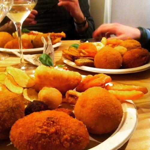 Supplì a Roma: dal nero di seppia alle fragole, weekend di fritti gourmet da Pastella