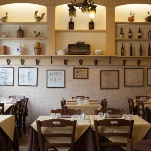 Trattoria Da Mauro il bolognese a Milano: sul Naviglio Grande il cibo emiliano della tradizione, dal 1969