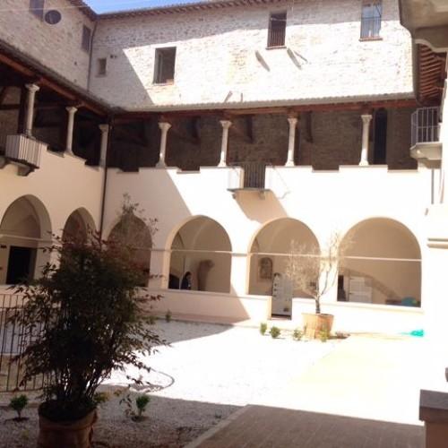 Viniveri 2015 a Gubbio: la fiera del vino naturale nel monastero di San Benedetto
