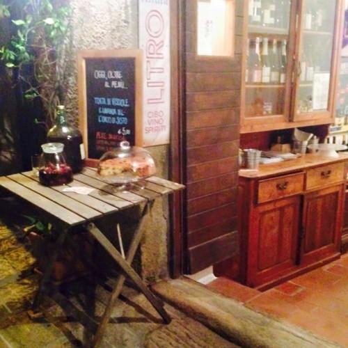 Altura Litro sull'isola del Giglio, vini naturali e pesce di giornata nel temporary restaurant dell'estate 2015