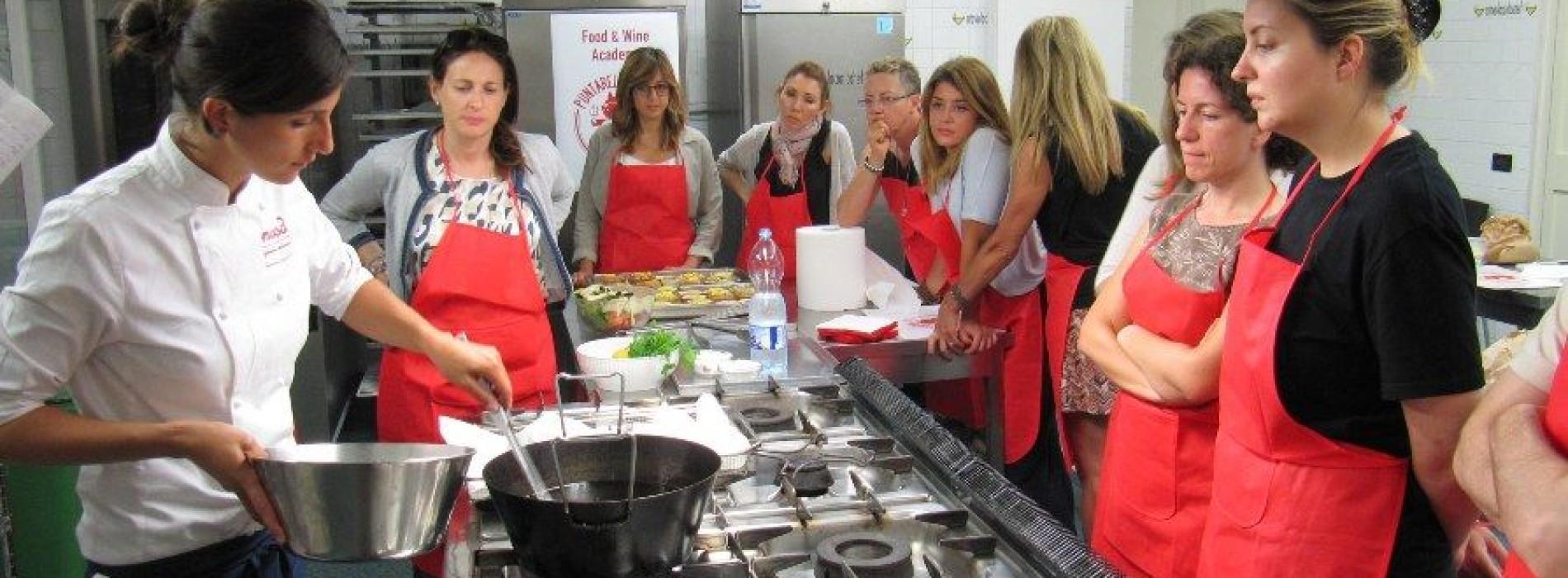Corsi di cucina Roma e tour, Food & Wine Academy Puntarella Rossa