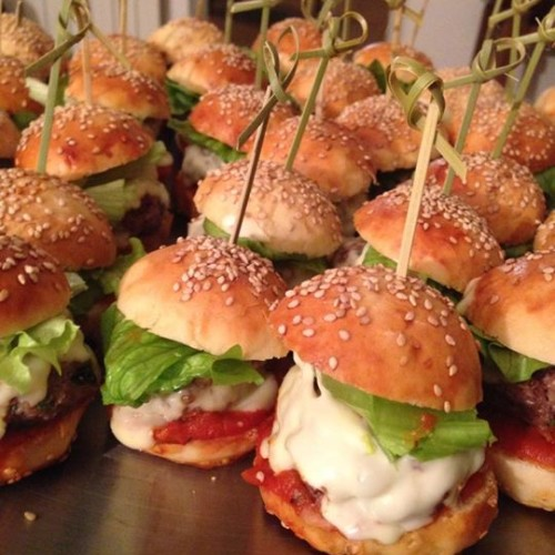 Panini per hamburger, ricetta facile di Mood Ginevra Antonini per Puntarella Academy