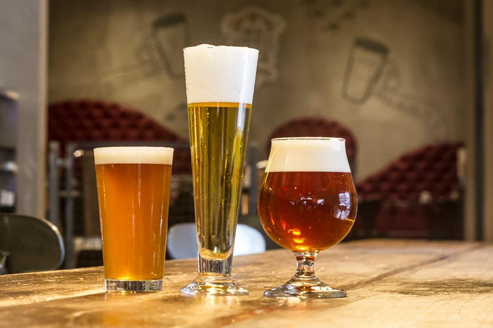 Birra artigianale a roma i migliori sette pub - Porta bicchieri birra ...