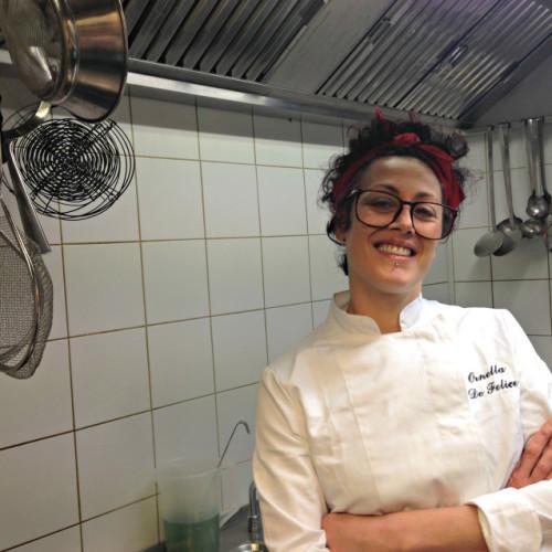 """Donne chef a Roma / Ornella De Felice, Coromandel: """"Dalla minestra di arzilla ai noodles e al crumble di alga"""" VIDEO"""