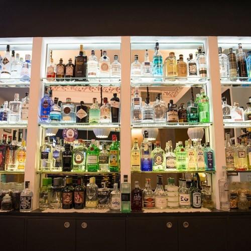 The Gin Masterclass al The Gin Corner Roma, il mondo della mixology all'hotel Adriano