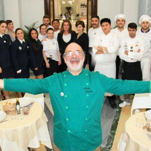 Là Roma, Andy Luotto dal 4 maggio a piazza Venezia: con pranzo a 16 euro (ironia compresa)